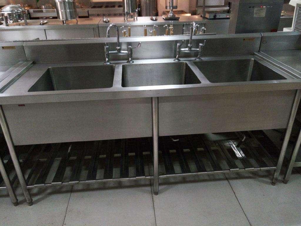 饭店厨房水池安装